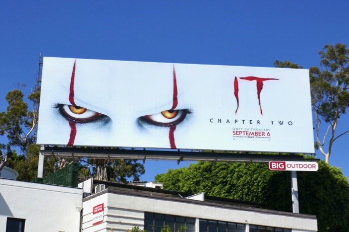 IT Chapter 2 Pennywise eyes billboard