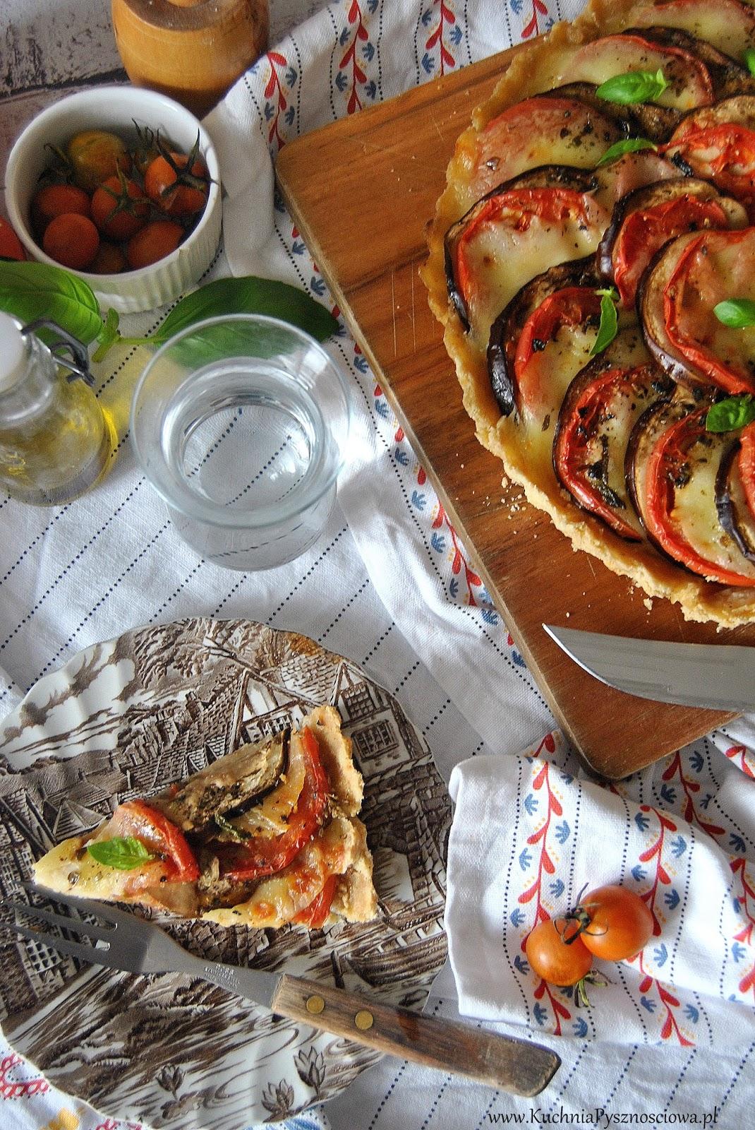 547 Tarta Z Pomidorami Bakłażanem I Serem Mozzarella