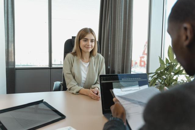 Entrevista de trabajo: cómo marcar la diferencia