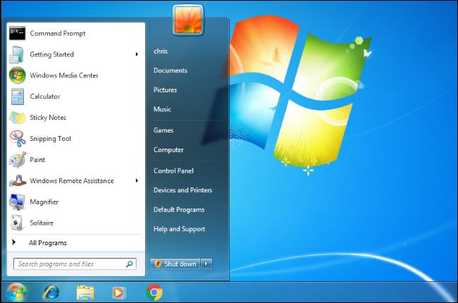 """تفتح القائمة """"ابدأ"""" على سطح مكتب Windows 7."""