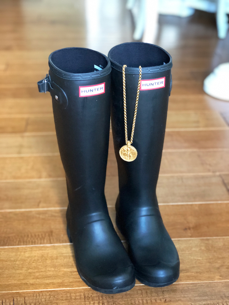 hunter boots with julie vos coin necklace