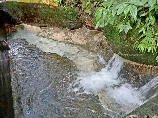 Pansur Napitu : Pemandian Alam Mata Air di Asahan