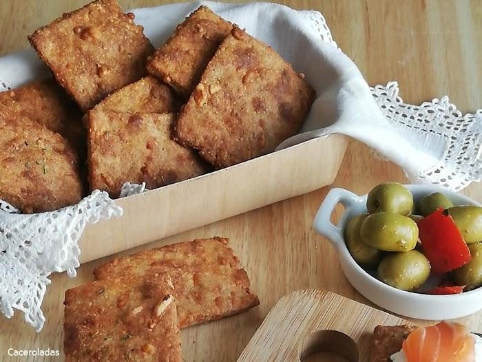 Crakers de queso o galletas saladas de queso