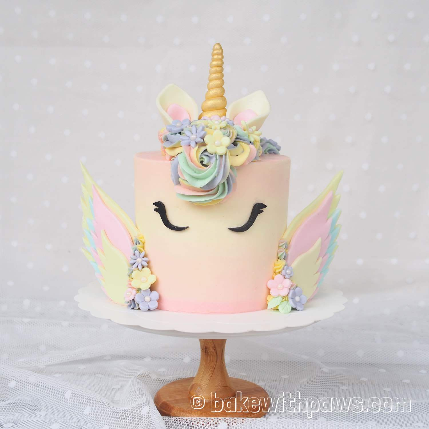 Winged Unicorn Cakes Bake With Paws