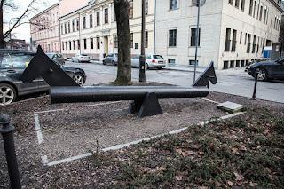 Ławeczka.... w Krakowie; ja wiem, czyja, a wy? 😊
