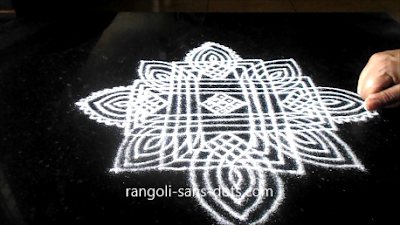 Traditional-rangoli-designs-801ai.jpg