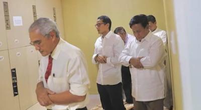 BERITA TERHEBOH !! Guru Ngaji Prabowo: Usia Prabowo Belajar Iqro 50 Tahun, Tapi Prabowo