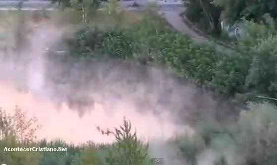 Río de aguas hirviendo en Rusia