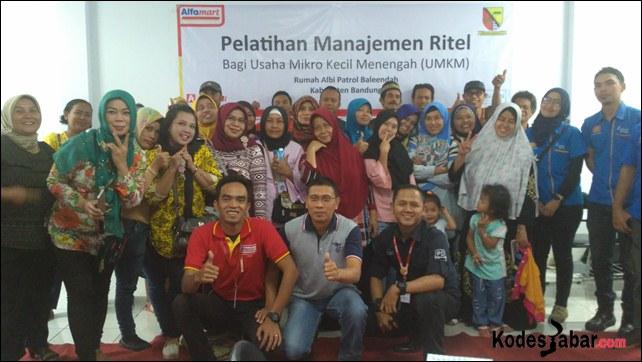 Pelatihan manajemen ritel modern yang digelar PT Sumber Alfaria Trijaya Tbk di Rumah Albi toko Alfamart, Patrol, Baleendah, Kabupaten Bandung