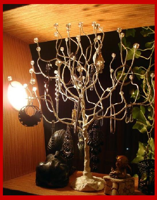 Como hacer un arbol expositor de bisuteria en alambre - Expositor de bisuteria ...