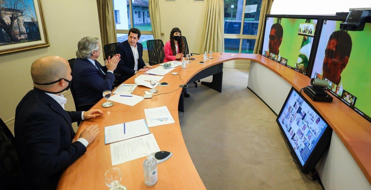 Fernández presentó un programa de asistencia directa a municipios por 1.086 millones de pesos