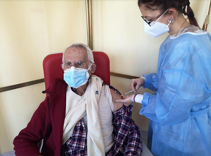 Le Regioni italiane che vaccinano più anziani