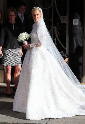 First Photos of the bride: Nicky Hilton enchants in white
