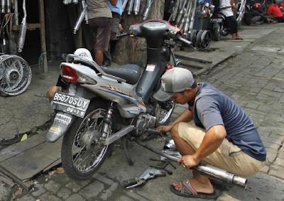 Sistem Knalpot Sepeda Motor