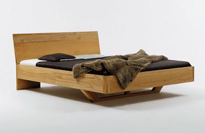 m bel ausstellungsst cke in m nchen bei der shogazi schlafkultur bett aus kernbuche in 160 x. Black Bedroom Furniture Sets. Home Design Ideas