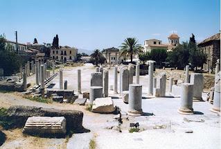 Ρωμαϊκή Αγορά – ανατολικό πρόπυλο, λήψη από Α-ΝΑ