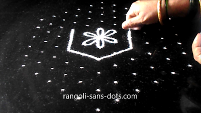 Pongal-rangoli-with-dots-3112a.jpg