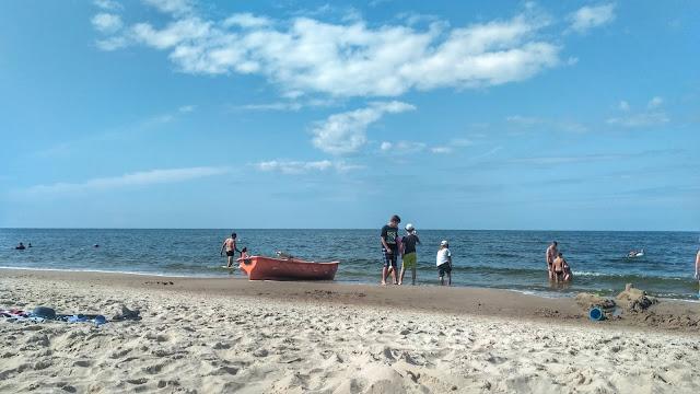 ratownicy, strzeżona plaża Dziwnów