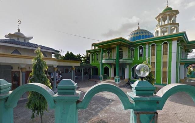Masjid Jami' Khoiru Ummah Pulo Timaha Babelan Distribusikan 41 Hewan Qurban