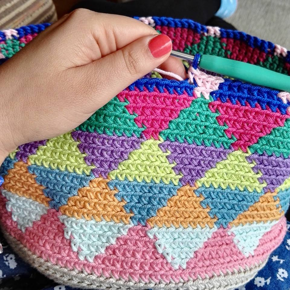 El blog de dmc bolsa de ganchillo estilo wayuu con natura - Dibujos de ganchillo ...