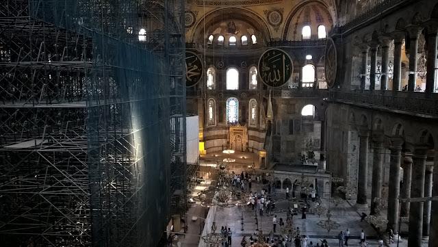 Ayasofya Müzesi / Camii / Kilisesi iç kısımı...