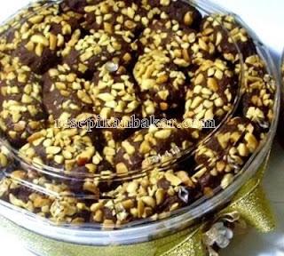 Kue Kering Coklat Kacang