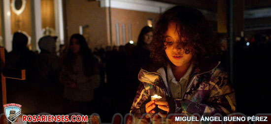 Nation Reels After Gunman Massacres 20 Children at School in Connecticut | Rosarienses, Villa del Rosario