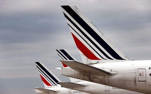 France wants to ban some domestic flights to reduce carbon dioxide emissions