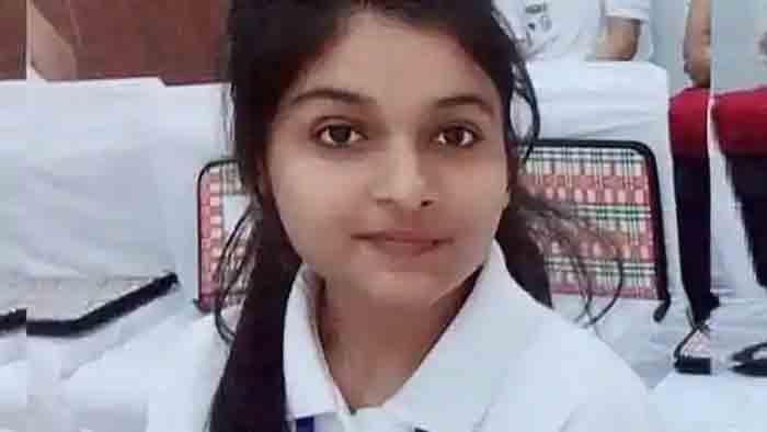 National Girl Child Day: Srishti Goswami is Uttarakhand CM for one day, News, Politics, Girl, Chief Minister, Student, Parents, National, Lifestyle & Fashion