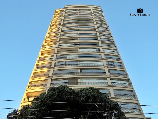 Perspectiva inferior da fachada do Edifício Il Terrazzo Helbor - Vila Clementino - São Paulo