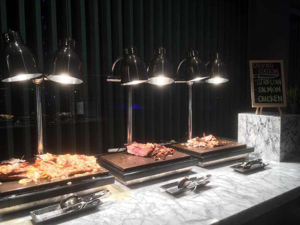 dinner buffet johor bahru 2020, halal dinner buffet harga bawah Rm100, dinner buffet murah, Holiday Inn JB Dinner Buffet Price, Dine@Eight Holiday Inn, Family Friday, Spice Saturday