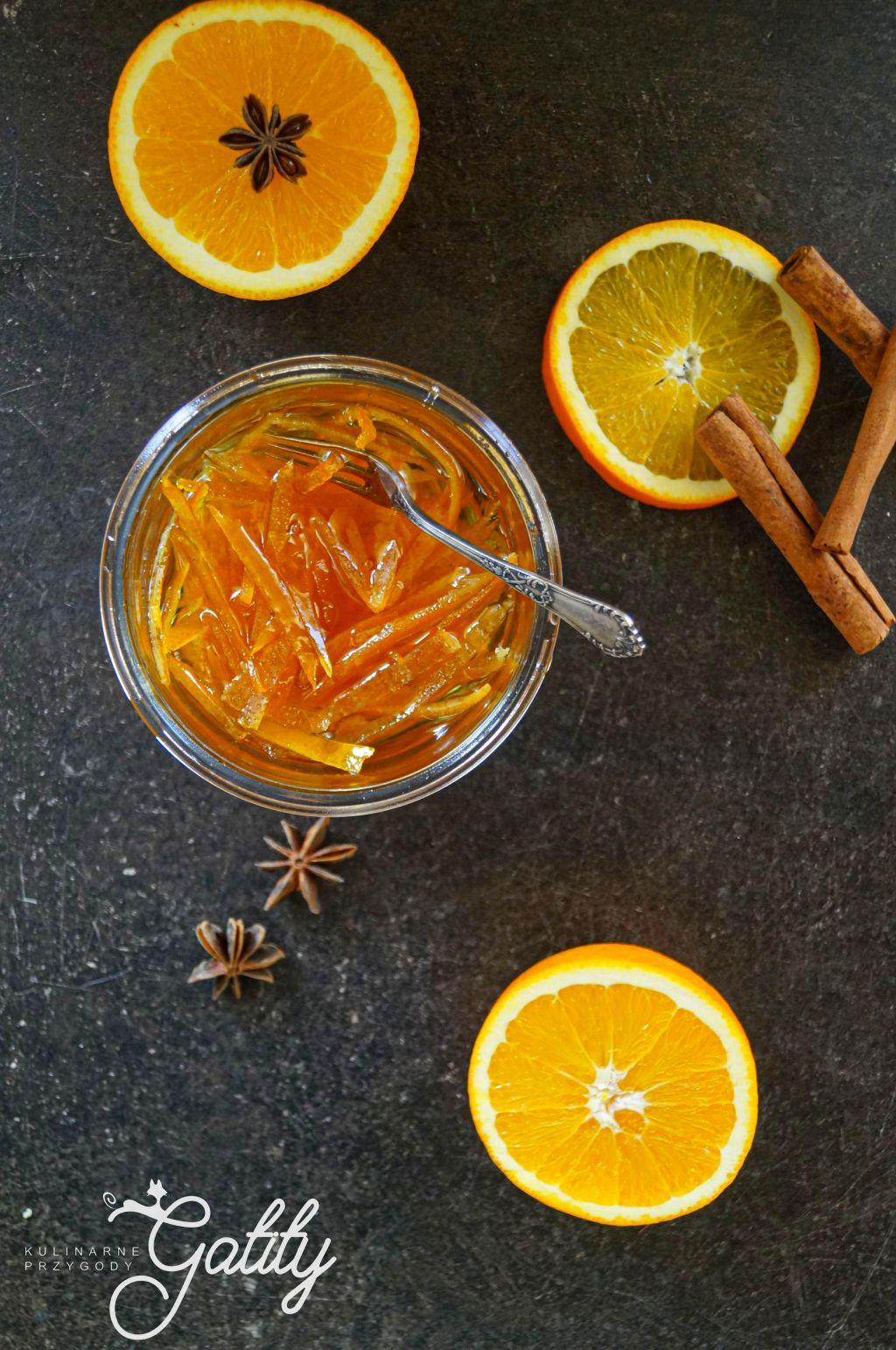 skora-z-pomaranczy-w-sloiku