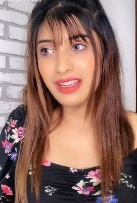 Somya-daundhkar