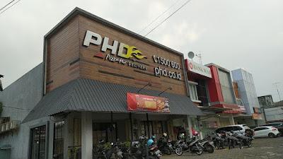 Informasi lowongan ketja Dibutuhkan segera Crew untuk outlet Pizza Hut Delivery (PHD) Kudus! Posisi: CREW CASHIER CREW DELIVERY