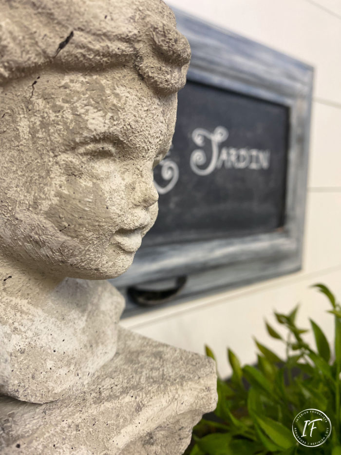 How to transform a glossy black thrift store ceramic bust statue into faux concrete garden decor.