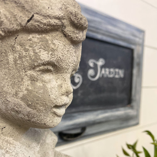 Glossy Black Ceramic Bust Statue To Faux Concrete