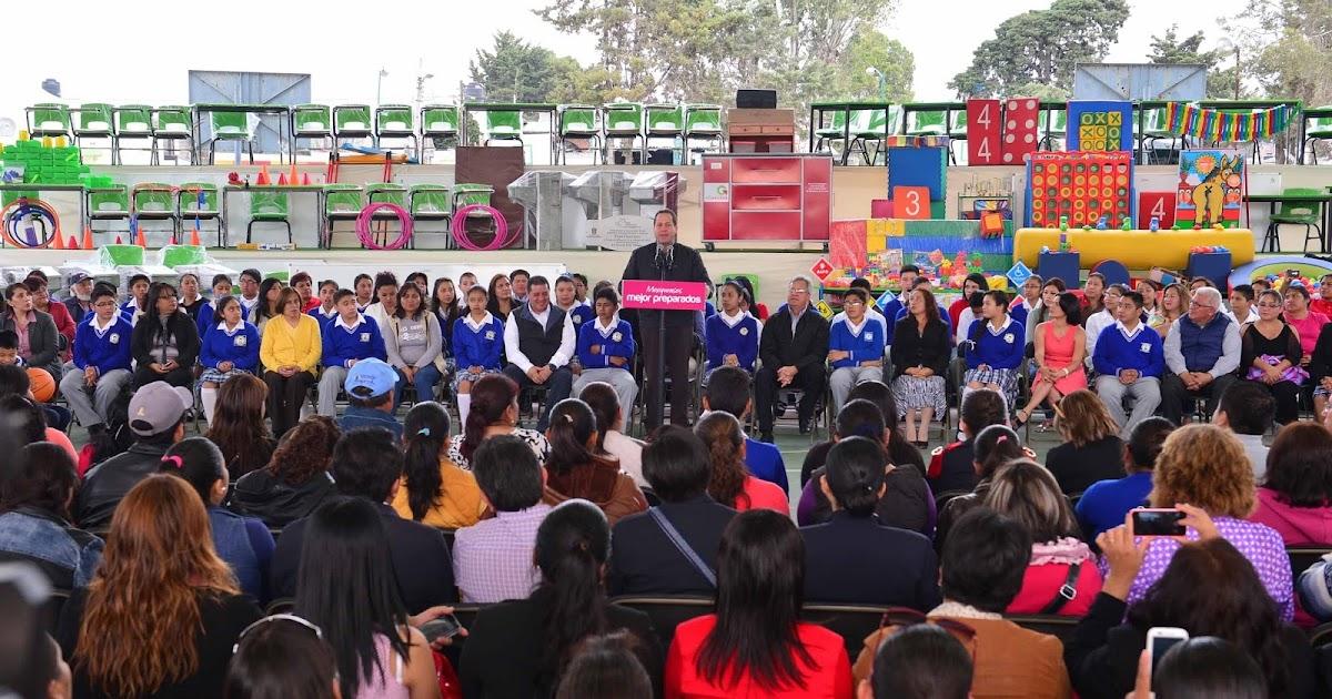 El mexiquense hoy eruviel vila entrega mobiliario y for Mobiliario para estudiantes