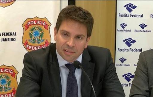 Bolsonaro escolhe Alexandre Ramagem, diretor da Abin, para comandar a PF