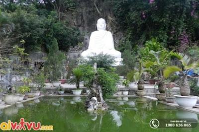 [Hình: Tuong-Phat-tren-Ngu-Hanh-Son.jpg]
