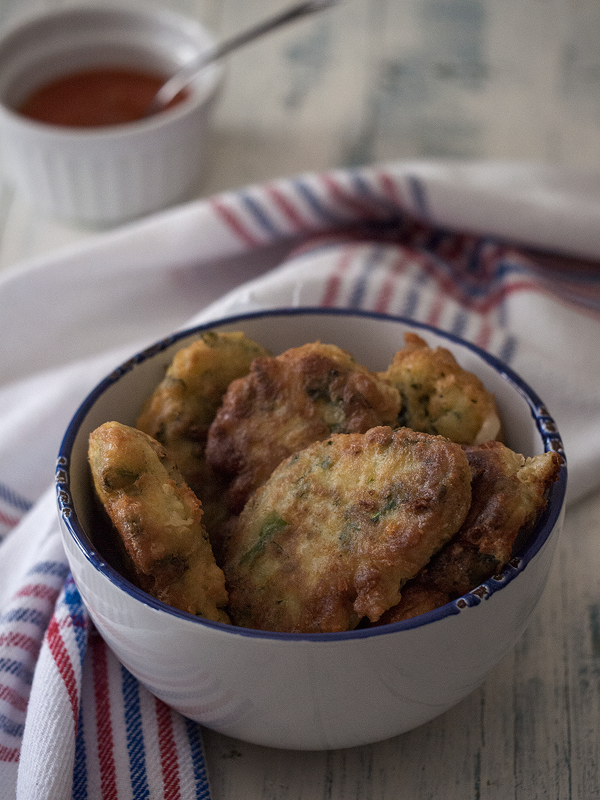 buñuelos-de-kale-y-gorgonzola