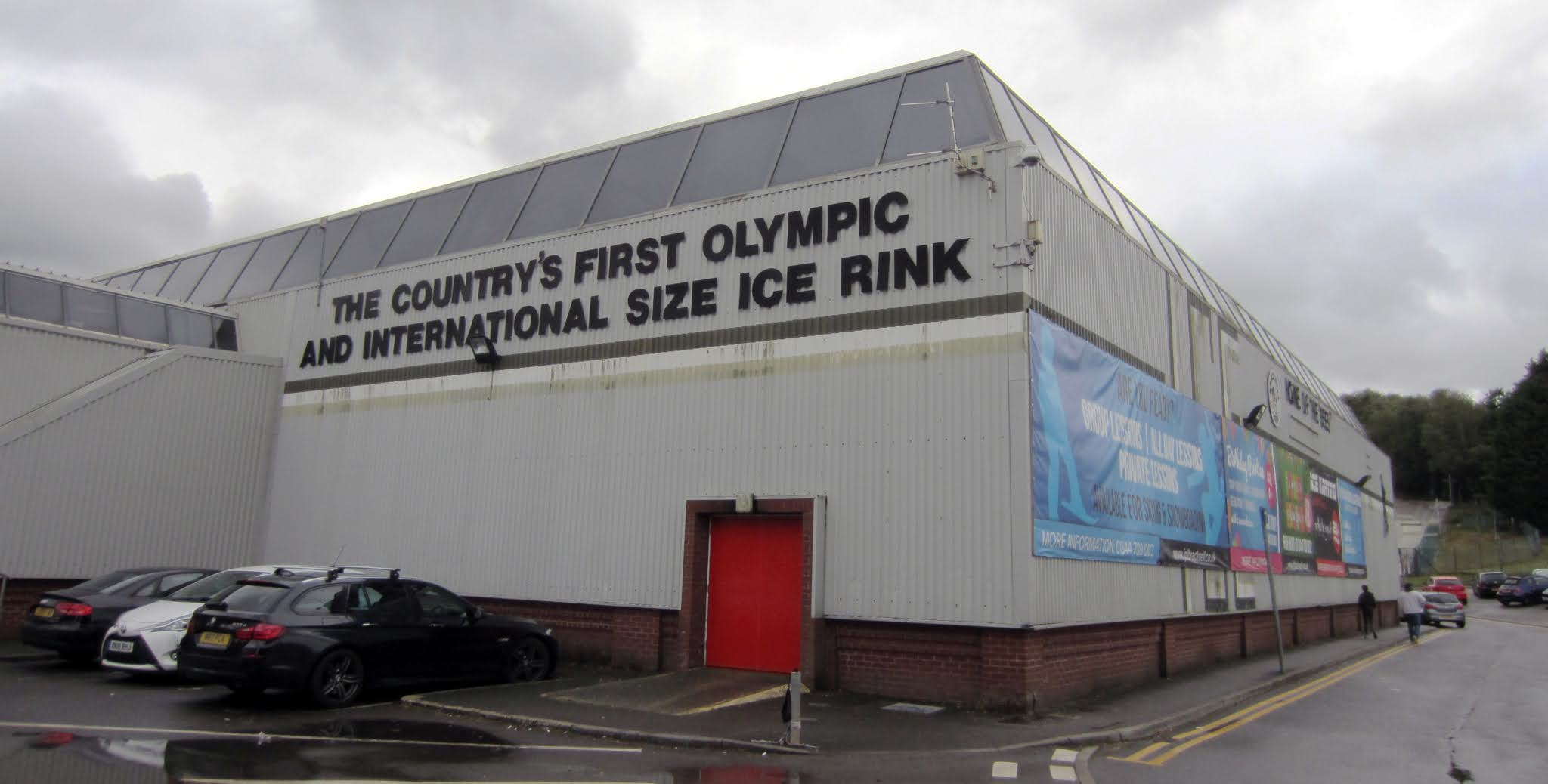 Exterior of the Bracknell Ice Rink