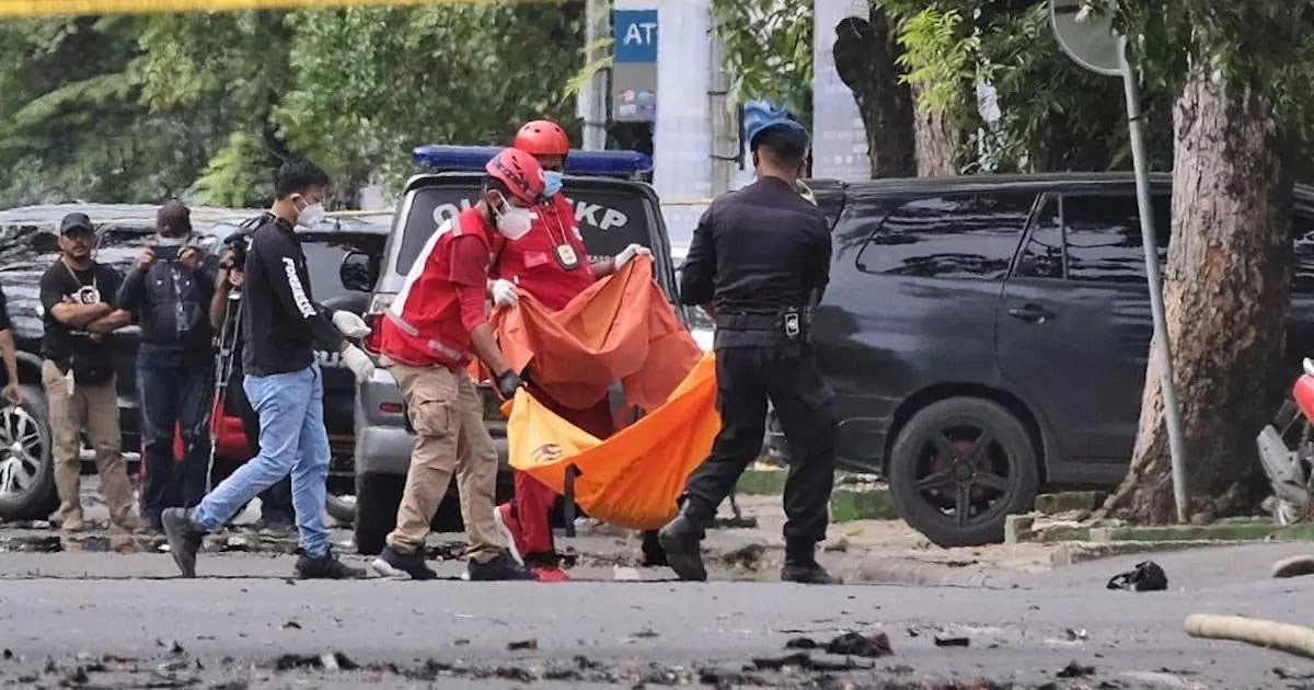 20 Injured After ISIS Suicide Bombers Target Palm Sunday Church Service In Indonesia
