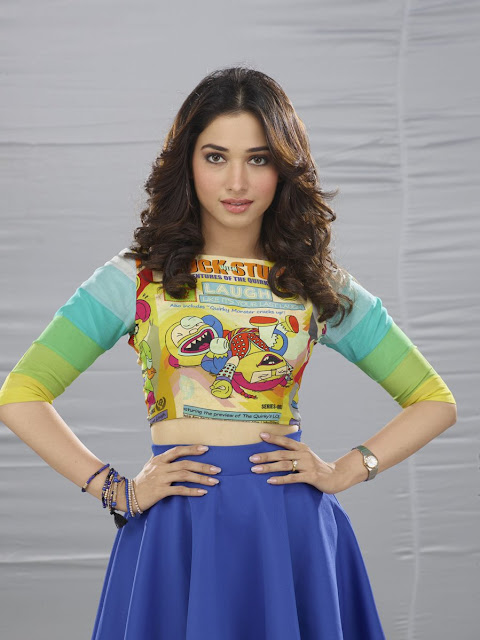 tamanna stills in kaththi sandai tamil movie