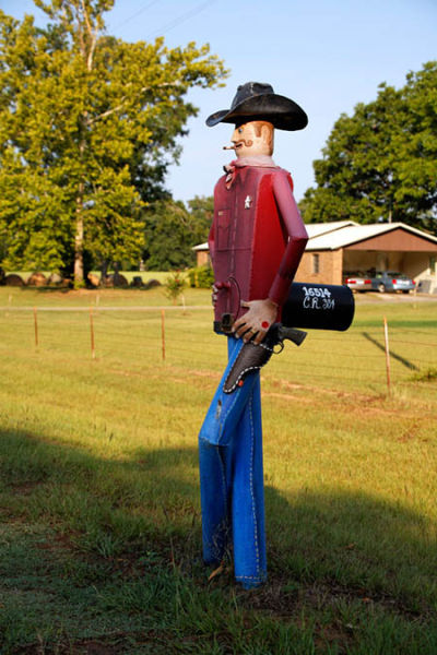 51 Most Unusual And Crazy Mailbox Designs