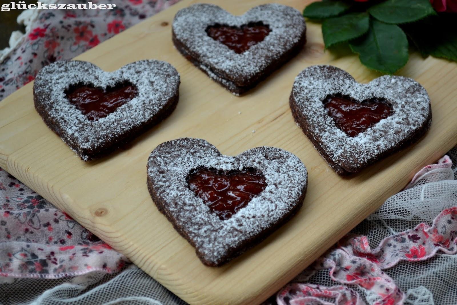 gl ckszauber schokoherzen mit marmelade zum valentinstag und schneespaziergang. Black Bedroom Furniture Sets. Home Design Ideas