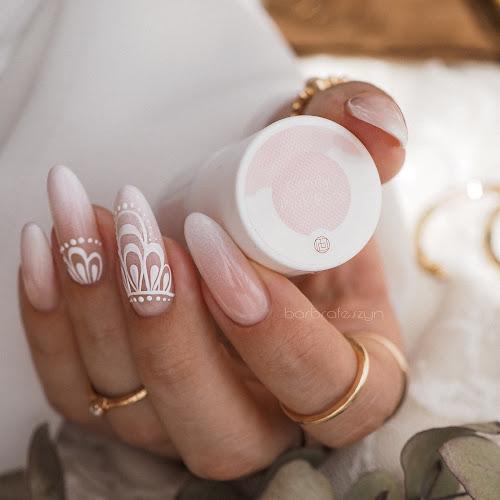 babyboomr nails
