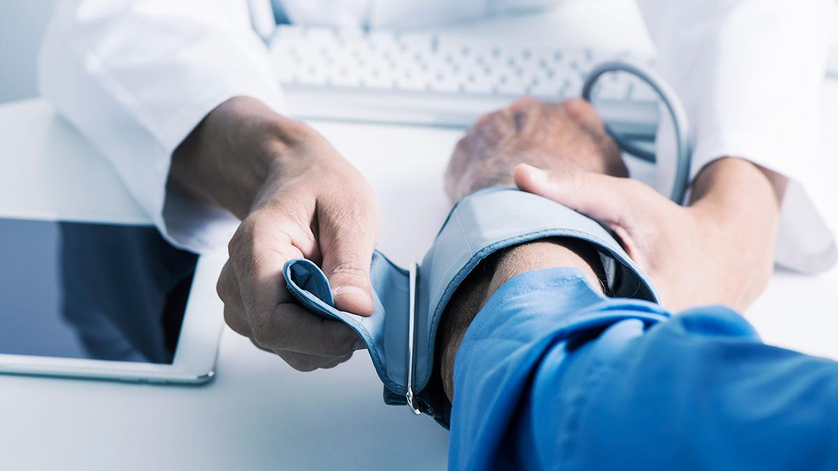 Υπέρταση: Πέντε σίγουρες κινήσεις που ρίχνουν την πίεση χωρίς φάρμακα