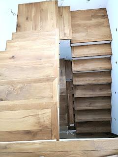 forrar una escalera con parquet de roble