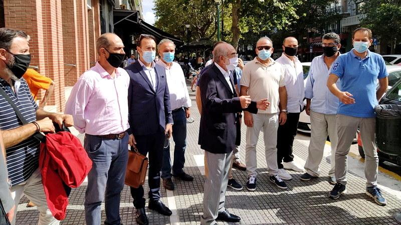 Αλεξανδρούπολη: Έντονες αντιδράσεις από παρατάξεις για τα «άφωνα» δημοτικά συμβούλια της δημοτικής αρχής Ζαμπούκη