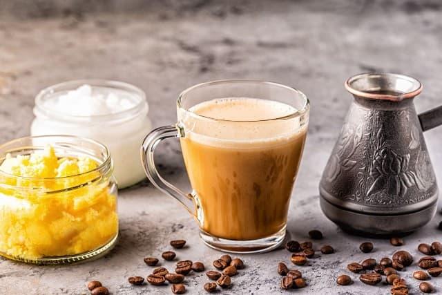 Bulletproof coffee là gì ? Có lợi ích gì với sức khỏe